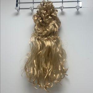 Halloween 80's blonde wig